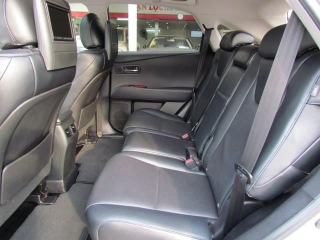 SUV hạng sang Lexus RX350 đi 7 năm bán lại vẫn gần 2 tỷ đồng - Ảnh 7.