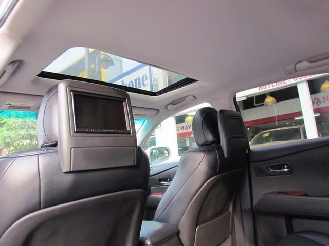 SUV hạng sang Lexus RX350 đi 7 năm bán lại vẫn gần 2 tỷ đồng - Ảnh 8.