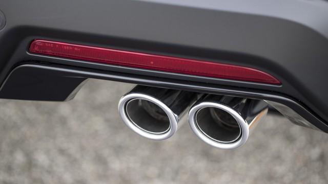 Hé lộ Ford Explorer 2020: Dẫn động cầu sau với động cơ mạnh mẽ hơn - Ảnh 4.