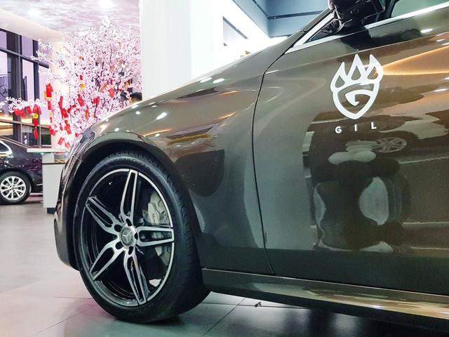 Ca sĩ Gil Lê tậu xe sang Mercedes-Benz E300 AMG ngay trước Tết Nguyên Đán - Ảnh 6.