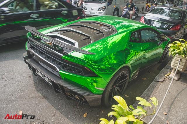 Đại gia Sài Gòn cầm lái siêu xe tụ tập ngày cận Tết - Ảnh 4.