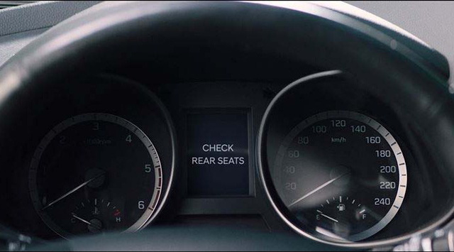 Không chỉ thay đổi thiết kế, Hyundai Santa Fe 2019 còn có nhiều công nghệ mới hơn hẳn trước đây - Ảnh 6.