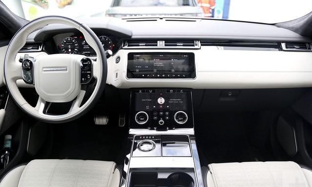 Range Rover Velar First Edition chính hãng xuống phố dịp cuối năm - Ảnh 6.