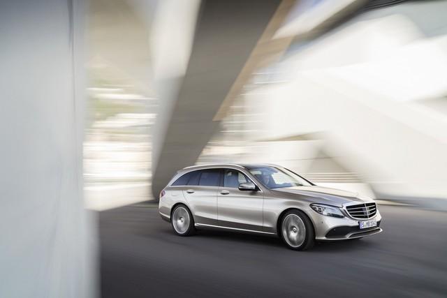 Mercedes-Benz ra mắt C-class 2019 facelift sedan và C-class 2019 wagon  - Ảnh 7.
