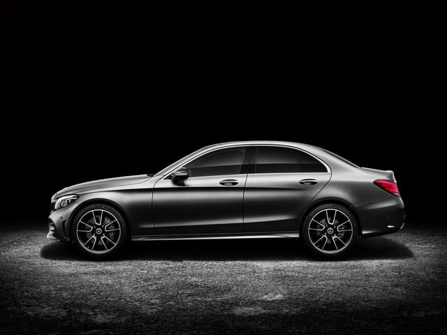 Mercedes-Benz ra mắt C-class 2019 facelift sedan và C-class 2019 wagon  - Ảnh 3.