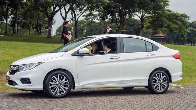 Sốt sắng mua ô tô chạy Tết, người Việt giúp nhiều mẫu xe bán chạy kỷ lục - Ảnh 7.