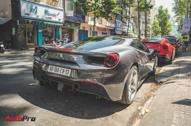 Bộ đôi siêu xe Ferrari làm đẹp đón Tết tại Sài Gòn - Ảnh 8.