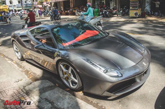 Bộ đôi siêu xe Ferrari làm đẹp đón Tết tại Sài Gòn - Ảnh 9.