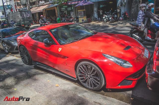 Bộ đôi siêu xe Ferrari làm đẹp đón Tết tại Sài Gòn - Ảnh 5.