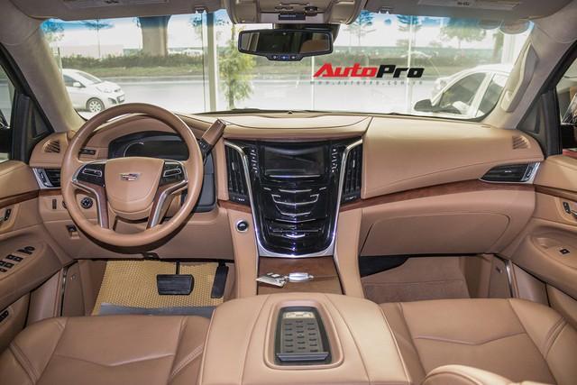 Cadillac Escalade ESV Platinum đi 8.000km bán lại được bao nhiêu? - Ảnh 7.