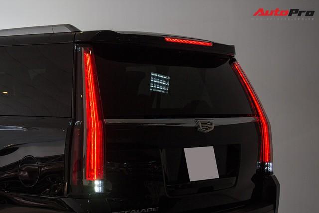Cadillac Escalade ESV Platinum đi 8.000km bán lại được bao nhiêu? - Ảnh 6.