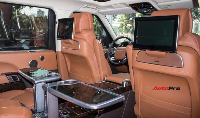Đại gia Lào Cai nhận xe Range Rover SVAutobiography 20 tỷ chính hãng chơi Tết - Ảnh 6.