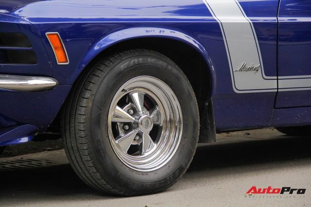 Huyền thoại Ford Mustang Fastback 1967 xuất hiện trên phố Hà Nội - Ảnh 10.