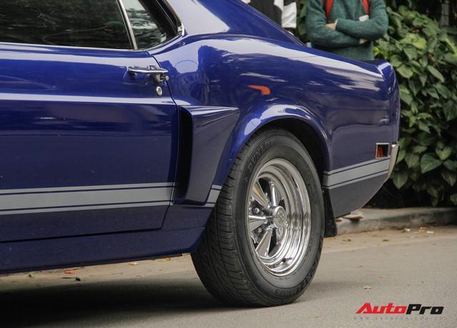 Huyền thoại Ford Mustang Fastback 1967 xuất hiện trên phố Hà Nội - Ảnh 9.