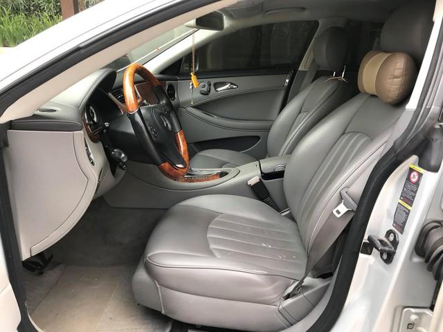 Mercedes-Benz CLS300 2010 đi hơn 51.000km bán lại giá hơn 800 triệu đồng - Ảnh 5.