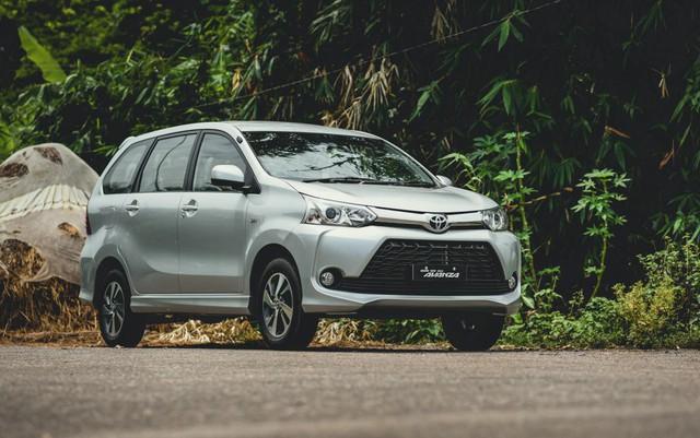 Xe 7 chỗ đua tranh ra mắt khách Việt, đa dạng từ giá rẻ đến cả tỷ đồng - Ảnh 1.