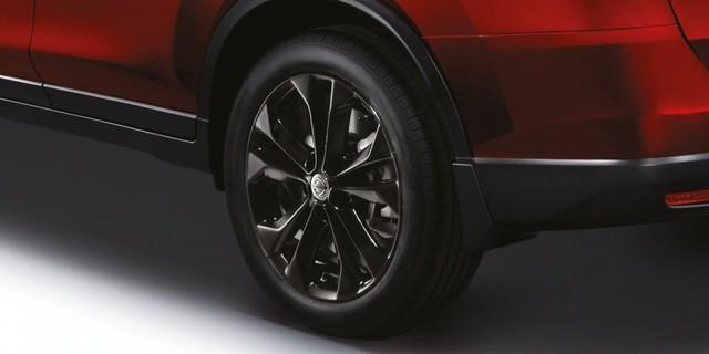 Nissan ra mắt X-Trail X-Tremer cao cấp và hầm hố hơn - Ảnh 4.
