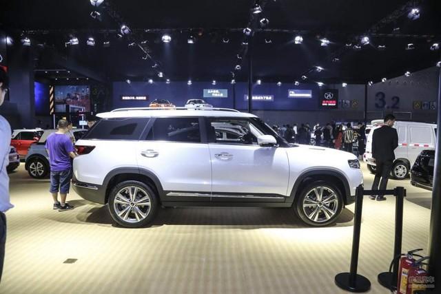 Thêm một mẫu xe Trung Quốc na ná Range Rover có thể về Việt Nam trong năm nay - Ảnh 4.