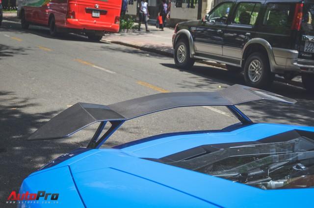 Siêu xe Lamborghini Aventador xanh dương độc nhất Việt Nam xuất hành đầu năm - Ảnh 9.