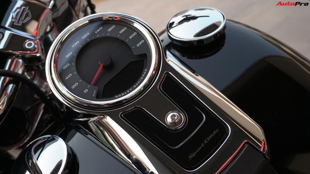 [Video] Cận cảnh Harley-Davidson Sport Glide chính hãng đầu tiên tại Hà Nội - Ảnh 5.