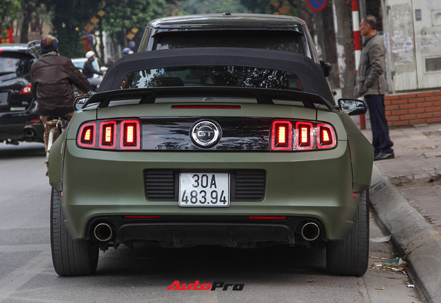 Ngắm Ford Mustang độc nhất Việt Nam độ widebody của chồng ca nương Kiều Anh - Ảnh 15.