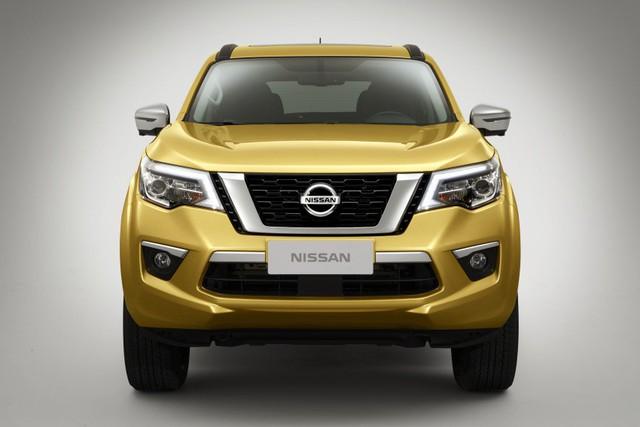 Đối thủ của Toyota Fortuner - Nissan Terra tiếp tục hé lộ hình ảnh mới - Ảnh 1.