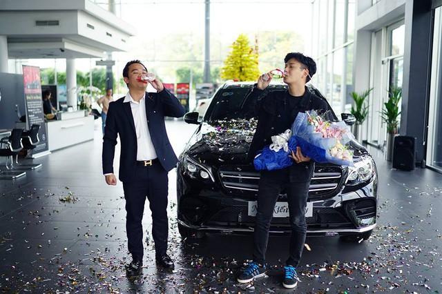Ngô Kiến Huy mua Mercedes-Benz GLC300 hơn 2 tỷ đồng - Ảnh 3.