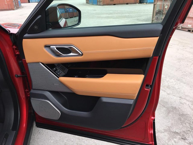 Range Rover Velar màu lạ về Việt Nam theo diện không chính hãng - Ảnh 8.