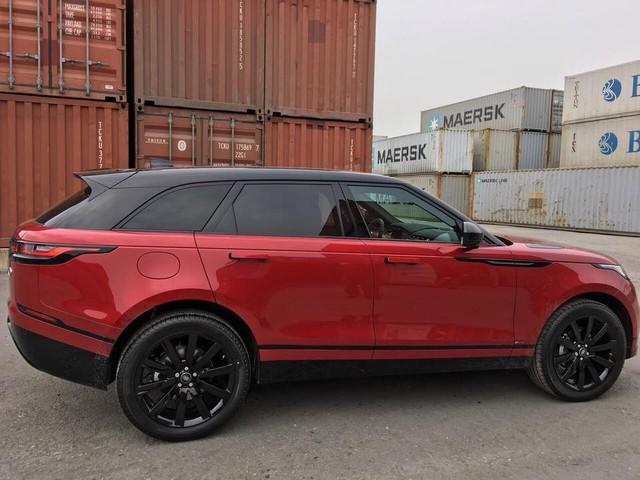 Range Rover Velar màu lạ về Việt Nam theo diện không chính hãng - Ảnh 1.