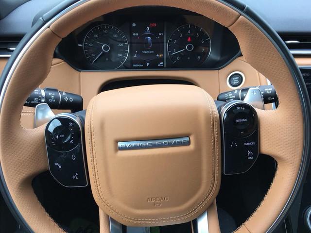 Range Rover Velar màu lạ về Việt Nam theo diện không chính hãng - Ảnh 6.