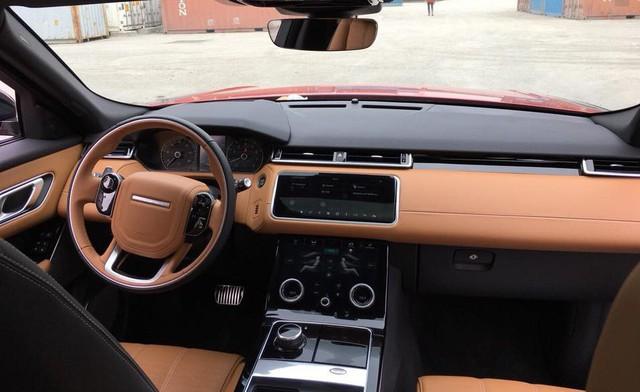 Range Rover Velar màu lạ về Việt Nam theo diện không chính hãng - Ảnh 4.