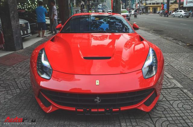 Ông chủ cà phê Trung Nguyên tậu siêu xe Ferrari F12berlinetta chơi Tết - Ảnh 1.