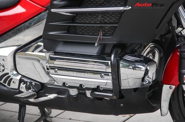 Honda Gold Wing F6B 2013 lăn bánh 36.000km rao bán lại giá ngang Toyota Vios mới - Ảnh 18.