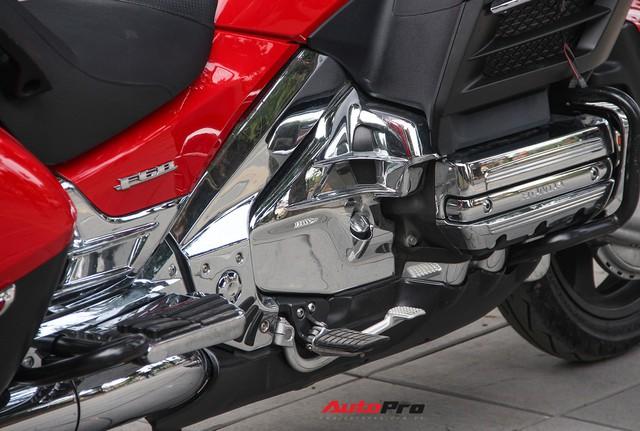 Honda Gold Wing F6B 2013 lăn bánh 36.000km rao bán lại giá ngang Toyota Vios mới - Ảnh 17.