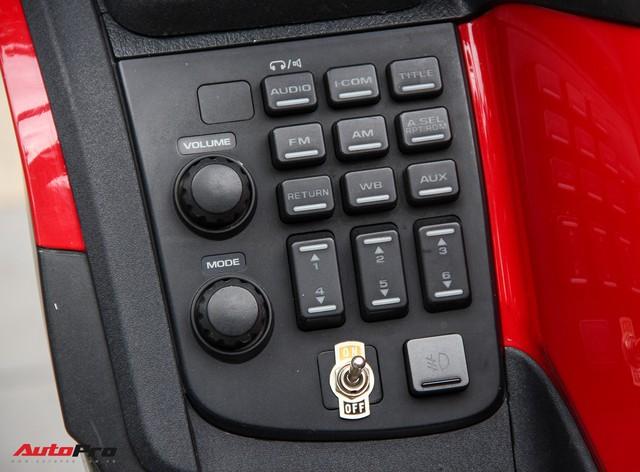 Honda Gold Wing F6B 2013 lăn bánh 36.000km rao bán lại giá ngang Toyota Vios mới - Ảnh 8.