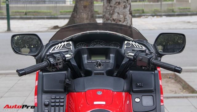 Honda Gold Wing F6B 2013 lăn bánh 36.000km rao bán lại giá ngang Toyota Vios mới - Ảnh 5.