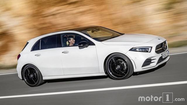 Cách phân biệt Mercedes-Benz A-Class thế hệ mới với phiên bản cũ - Ảnh 11.