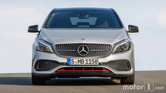 Cách phân biệt Mercedes-Benz A-Class thế hệ mới với phiên bản cũ - Ảnh 4.