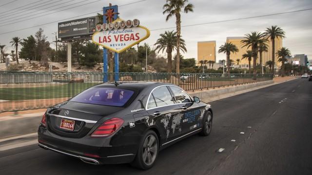 Xe Mercedes-Benz sẽ được dùng làm taxi tự lái hạng sang đầu tiên - Ảnh 2.