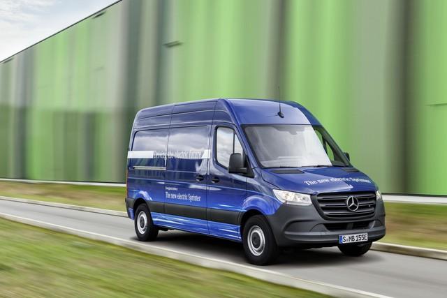 Mercedes-Benz Sprinter thế hệ mới chính thức trình làng - Ảnh 4.