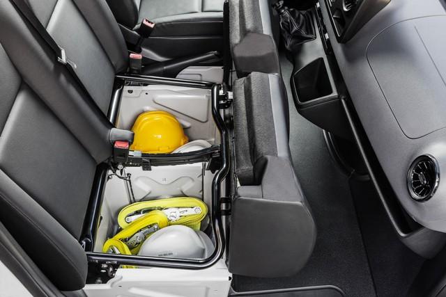 Mercedes-Benz Sprinter thế hệ mới chính thức trình làng - Ảnh 12.