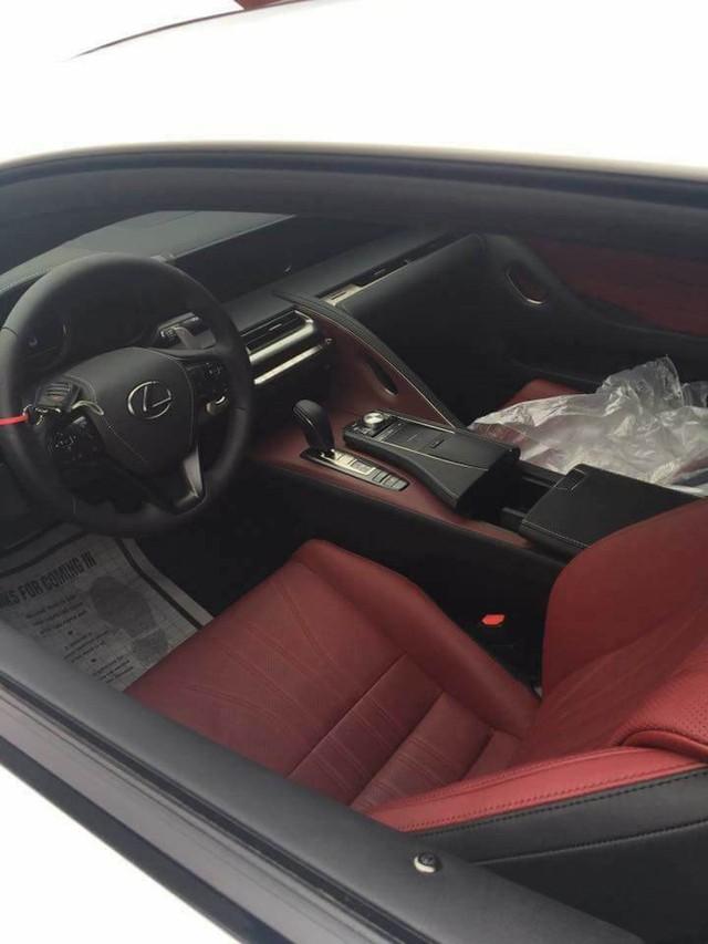 Lexus LC 500h thứ hai xuất hiện tại Việt Nam - Ảnh 5.