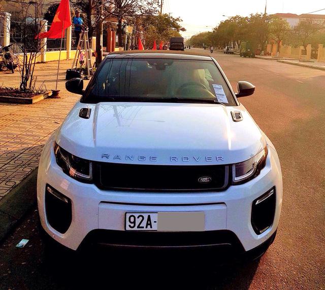 Đại gia Quảng Nam tậu Range Rover Evoque mui trần chơi Tết - Ảnh 1.