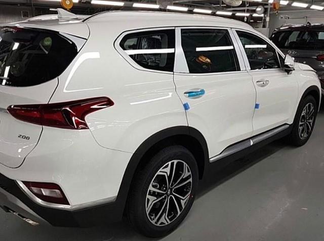 Hình ảnh thực tế và thông tin chi tiết đầu tiên về Hyundai Santa Fe 2019 - Ảnh 3.