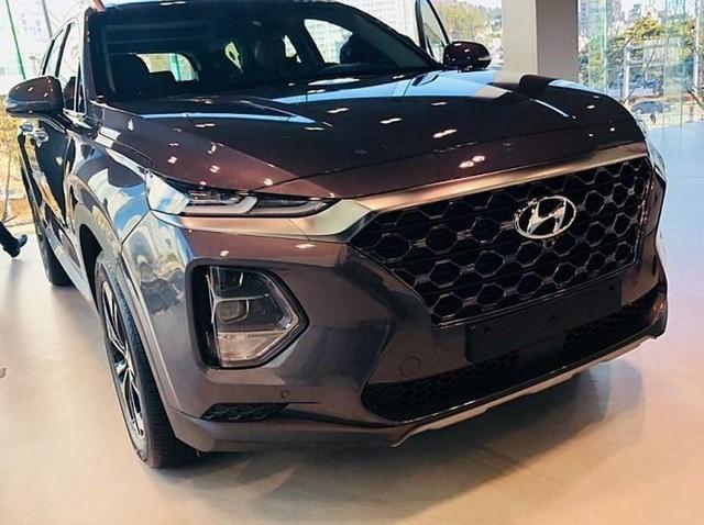 Hình ảnh thực tế và thông tin chi tiết đầu tiên về Hyundai Santa Fe 2019 - Ảnh 7.