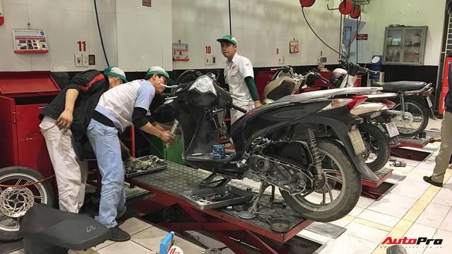 Kinh nghiệm chăm sóc xe máy đúng cách để đón Tết