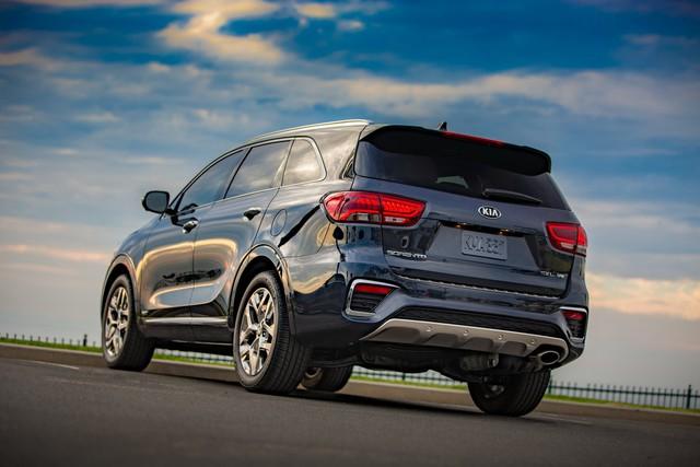 Kia Sorento phiên bản mới sắp được trang bị động cơ diesel - Ảnh 1.