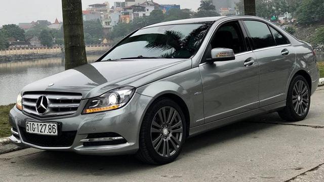 Mercedes-Benz C250 lăn bánh hơn 7 năm rao bán lại giá 695 triệu đồng