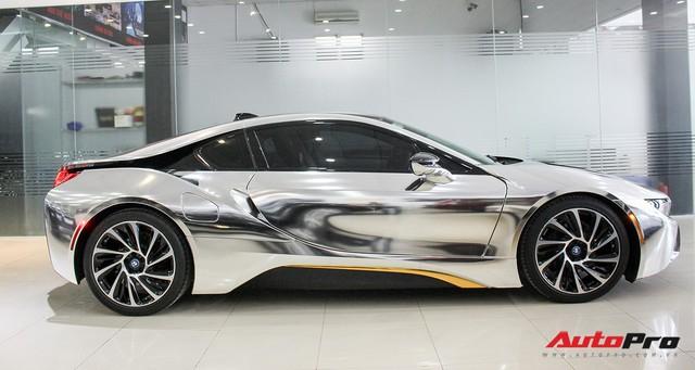 BMW i8 dán decal chrome bạc độc nhất Việt Nam rao bán lại giá 3,9 tỷ đồng - Ảnh 2.