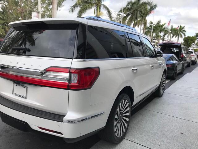 SUV dạng limousine Lincoln Navigator L Black Label về Việt Nam sẽ có giá ngang Lexus LX570 - Ảnh 6.